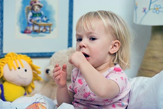 Способы лечения сухого кашля у ребенка. Препараты, рекомендации