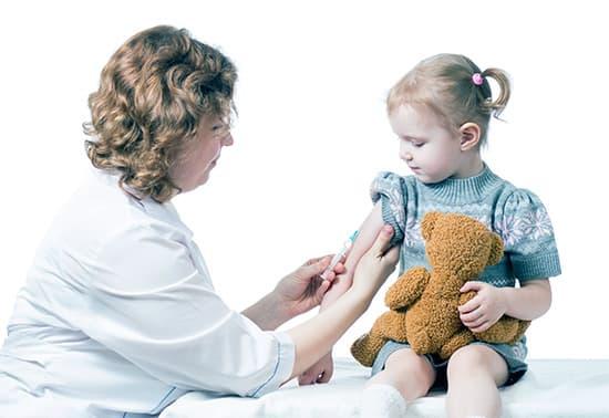 Какие бывают симптомы коклюша у детей? Методики лечения