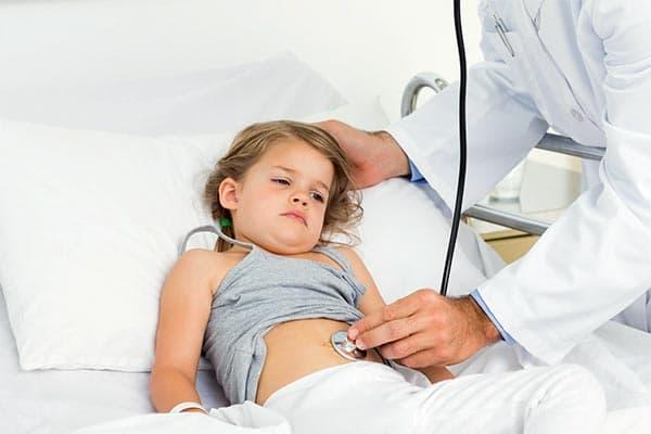 Первые признаки и методы лечения ротавирусной инфекции у детей