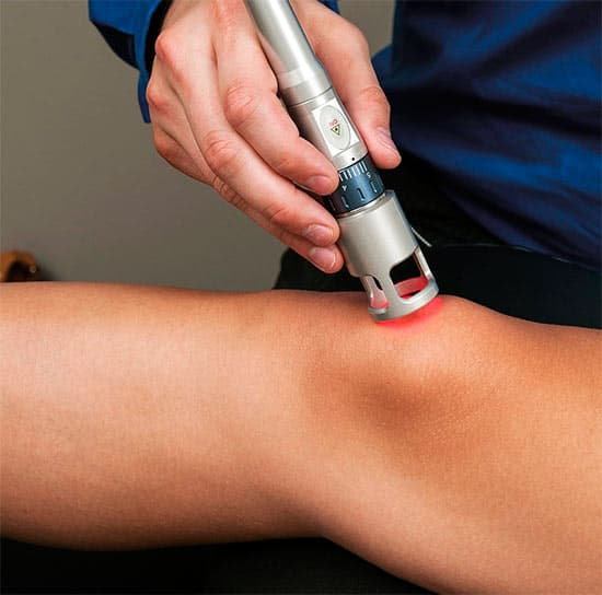 Лечение мениска без операции: консервативное, массаж, лазеротерапия и другие