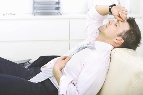 К какому врачу обычно обращаются при простатите?
