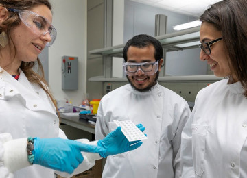 Никаких иголок: учёные создают глюкометры в виде пластырей