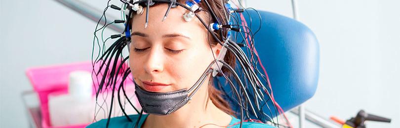 Что показывает электроэнцефалография (ЭЭГ) головного мозга?