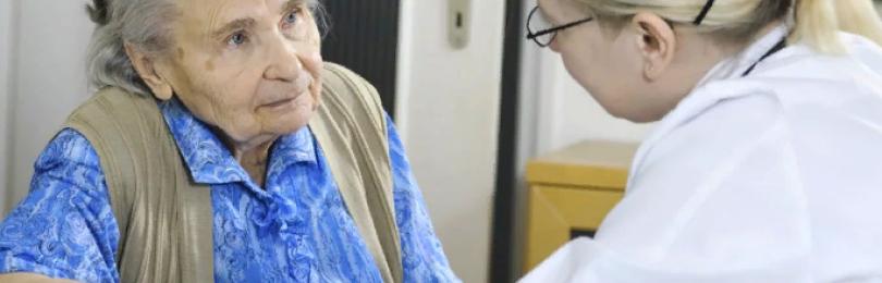 Вечный прием у терапевта, или почему у участкового старики всегда болеют