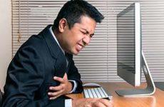Способы распознать инфаркт у мужчин. Первые признаки и как оказать первую помощь
